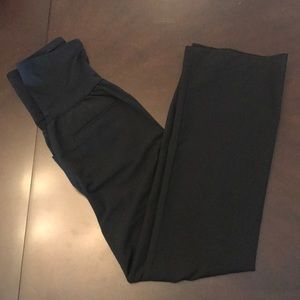 EUC Gap Maternity Black Bootcut Pants